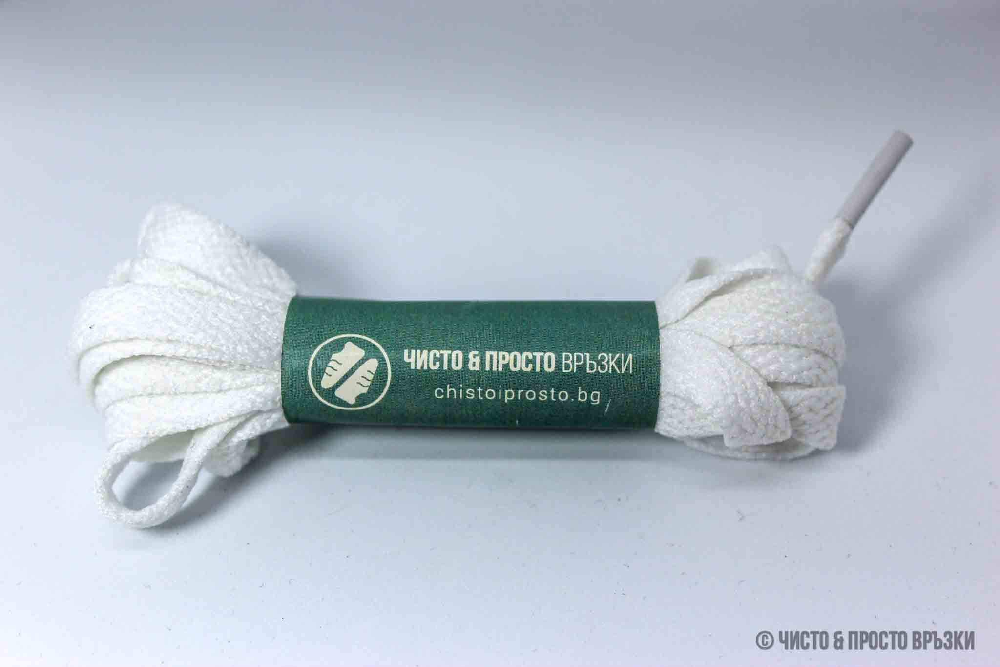 Бели, плоски - връзки за обувки - 120 см.